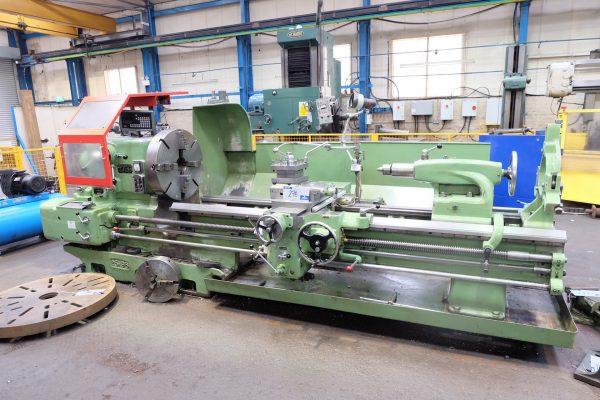 DSG Type 25 x 96 Centre Lathe